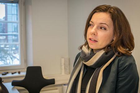 Arkkitehti Elina Suonranta pitää tulevaa Ilmalan ydintä persoonallisena alueena. Kaikki on lähellä, myös hieno luonto Keskuspuistossa.
