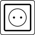 Latauspiste. Kuvassa on pistorasia kuvattuna paksuviivaisena neliönä, jonka sisällä on ympyrä. Ympyrän keskellä on kaksi pistettä kuvaamassa pistokeaukkoja. Valkoinen tausta.