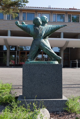 Mikko Hovi: Pallopojat, 1955. Et voi käyttää kuvaa kaupallisiin tarkoituksiin. © Kuva: Helsingin taidemuseo / Hanna Kukorelli
