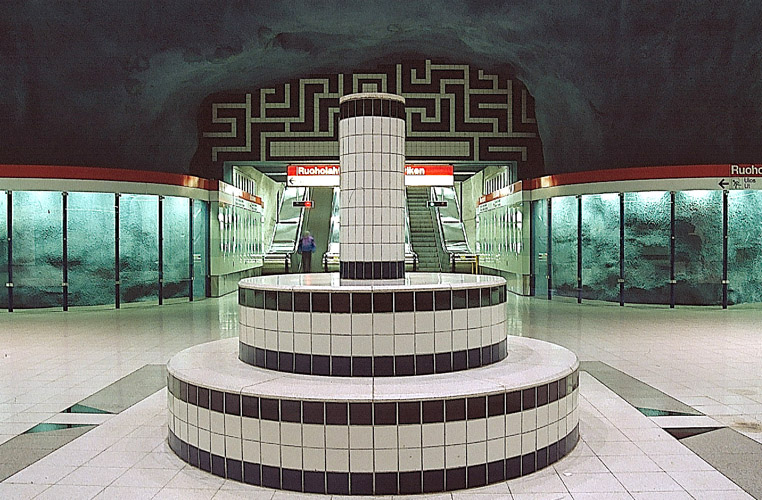 Juhana Blomstedt: Installation, Ruoholahti metro station, 1993. You may not use this photo for commercial purposes. © Photo: Helsinki Art Museum