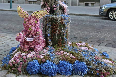 A work of the festival's flower art at Kamppi Center in 2017. Photo: Petri Anttila