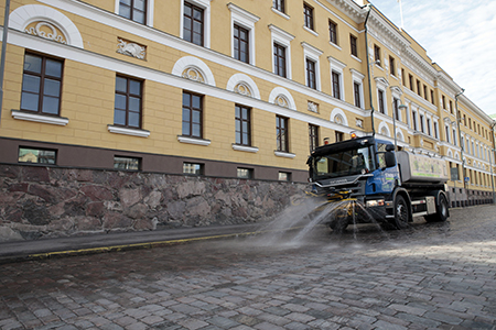 Street washing. Photo: Lauri Hänninen