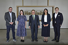 Mayors: Pia Pakarinen, Sanna Vesikansa, Jan Vapaavuori, Anni Sinnemäki and Nasima Razmyar. Photo: Laura Oja
