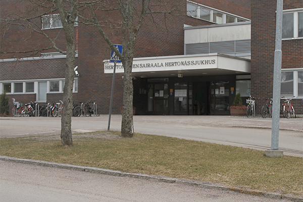 Entrance to Herttoniemi hospital.