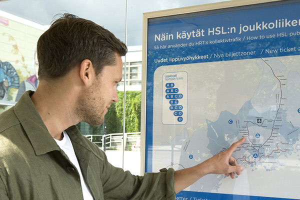 New zones displayed on a stop. Photo: HSL